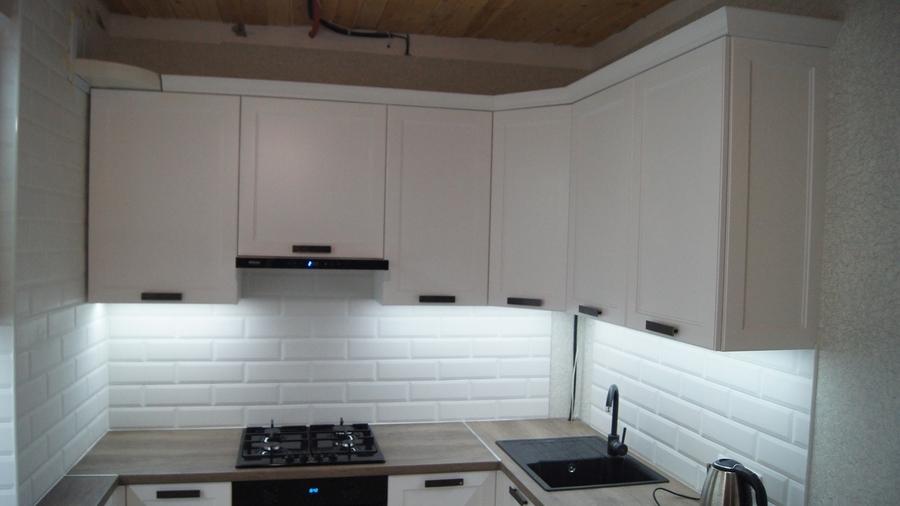 Белый кухонный гарнитур-Кухня МДФ в эмали «Модель 202»-фото4