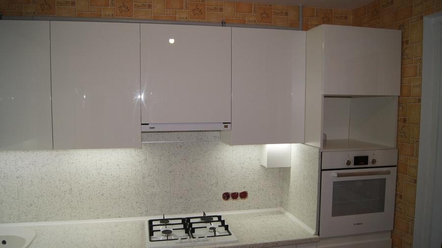 Белый кухонный гарнитур-Кухня МДФ в эмали «Модель 286»-фото3
