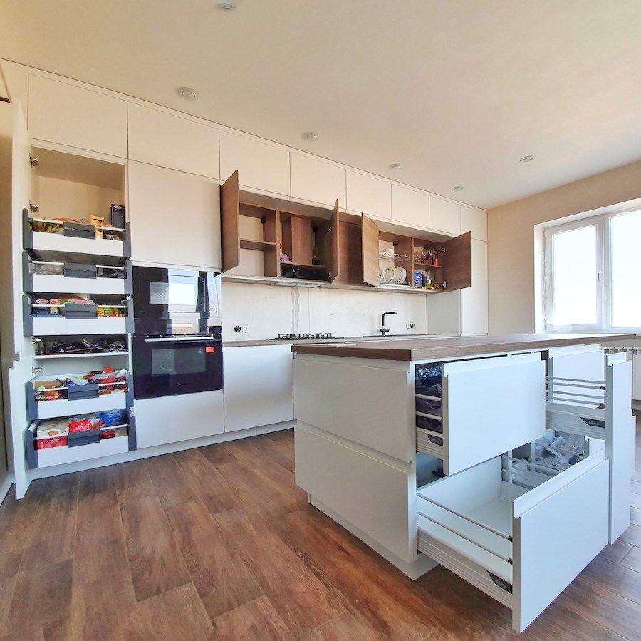 Белый кухонный гарнитур-Кухня МДФ в эмали «Модель 545»-фото6