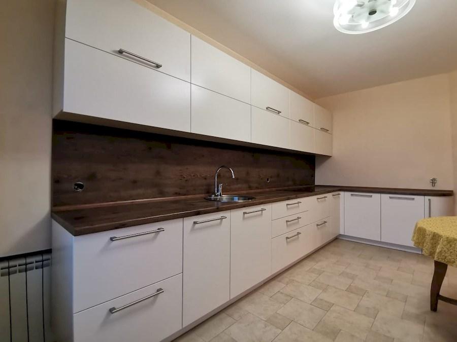 Белый кухонный гарнитур-Кухня МДФ в ПВХ «Модель 579»-фото1