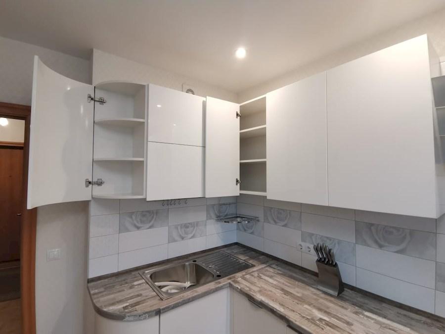 Белый кухонный гарнитур-Кухня МДФ в ПВХ «Модель 574»-фото5