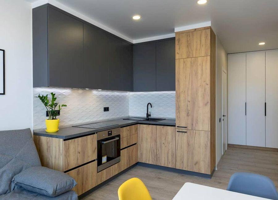 Высокие кухни под потолок-Кухня из пластика «Модель 671»-фото1